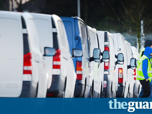 Black Friday to cause spikes in air pollution and plastic waste, warn environmentalists