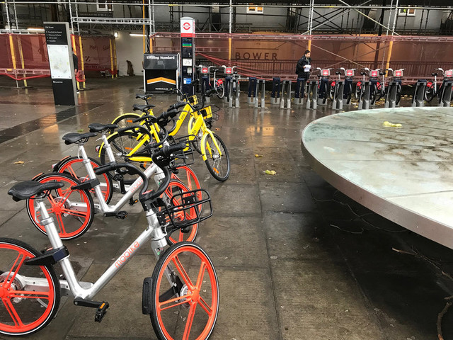 Are People Chucking London's Dockless Bikes Into The Water?