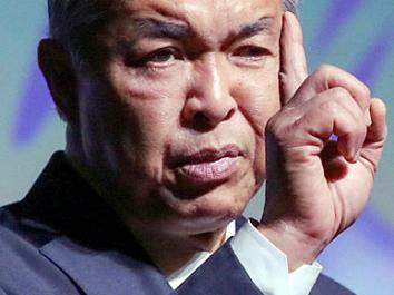 Ahmad Zahid leads in Umno polls
