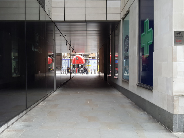 London's Alleys – Honey Lane, EC2