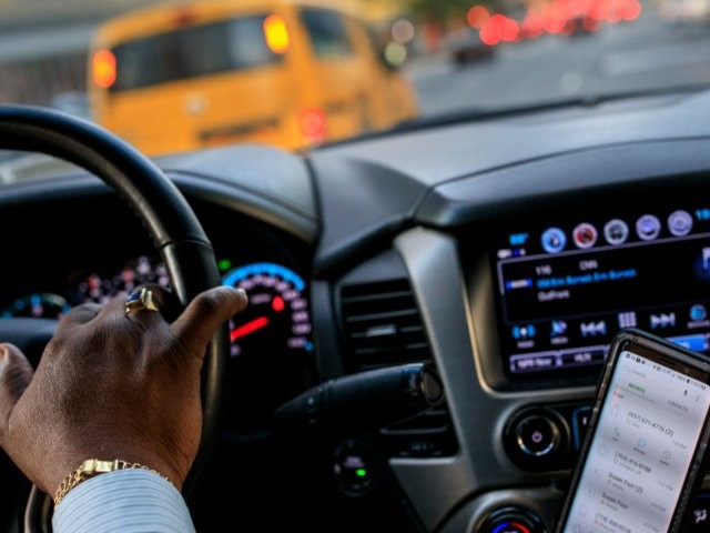 Uber and Lyft drivers reveal the hardest parts of their jobs (UBER, LYFT)