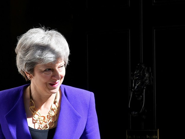 May set to lament 'rise of populism' in valedictory speech