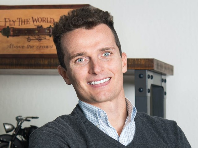 This VC just raised $150 million to invest in ground transportation startups. He says there are better opportunities than trying to find the next Tesla. (AAPL, LYFT, TSLA)