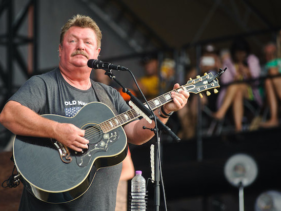 Joe Diffie, Grammy-Winning Country Singer, Dies at 61 From Coronavirus