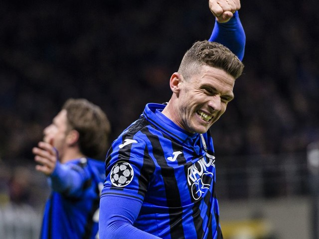 Chelsea one of three clubs interested in Atalanta wing-back Robin Gosens — report