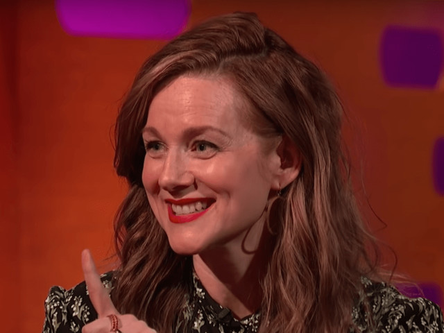 16 Years Later, Laura Linney Still Isn't Over Her Love Actually Make Out Scene