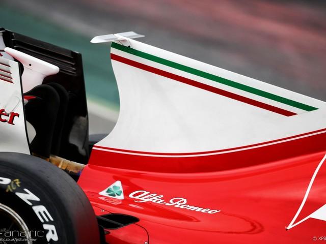 Shark fins could return to F1 next year   2018 F1 season
