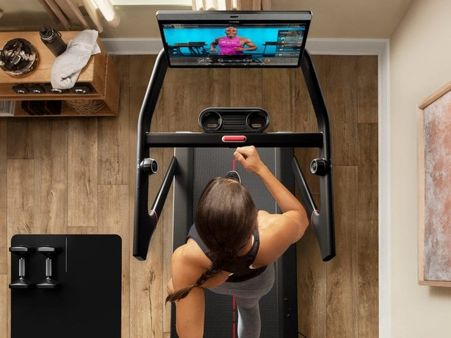 Peloton brings back the free 'Just Run' mode on its $4,000 treadmill after customers threatened legal action