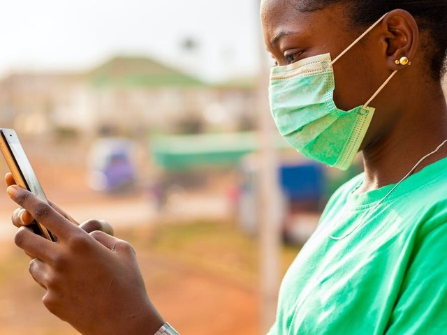 In refugee camps, access to internet supports research during the coronavirus pandemic