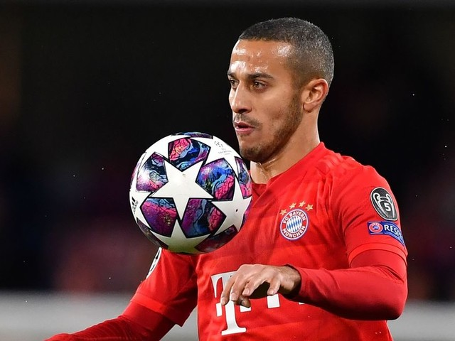 Liverpool transfer news: Thiago blow, Reds sign winger, Larouci move hits snag