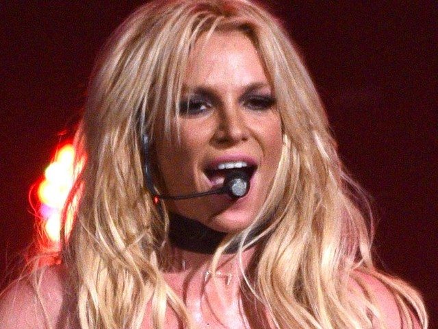 Britney Spears' Father Files To End Singer's Conservatorship