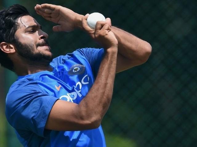 Unchanged SA bowl, debutant Thakur replaces Bumrah