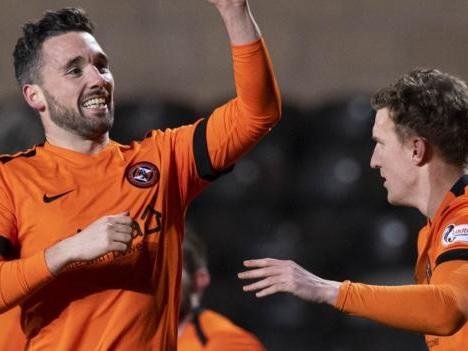 Dundee Utd 1-0 Dunfermline: Nicky Clark goal earns win