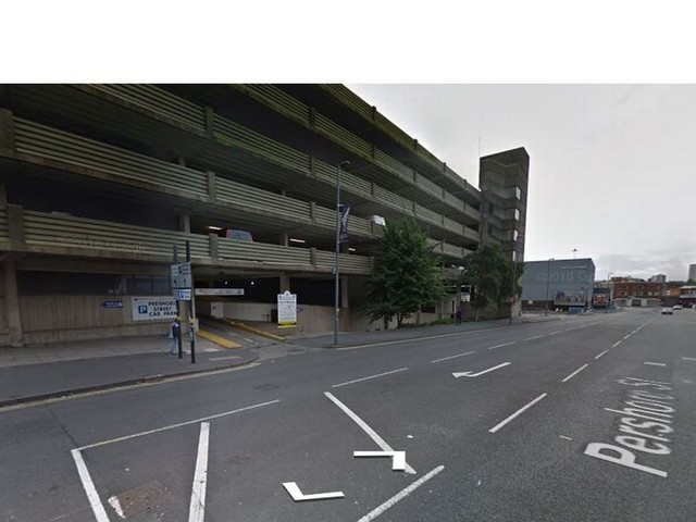 Man attacked with screwdriver in street robbery near Arcadian centre