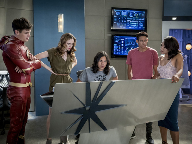 """'The Flash' Recap: """"Mixed Signals"""" – We Are The Flash"""