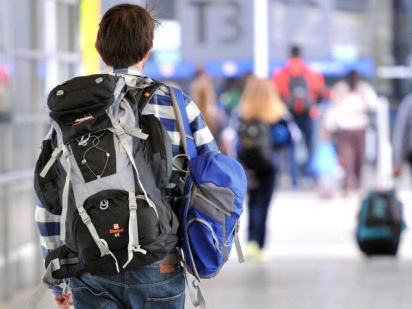 Foreign students, backpackers face 'endemic wage theft in Australia'