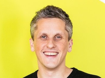 Box CEO Aaron Levie thinks going public helps enterprise startups compete with the big dogs (BOX)