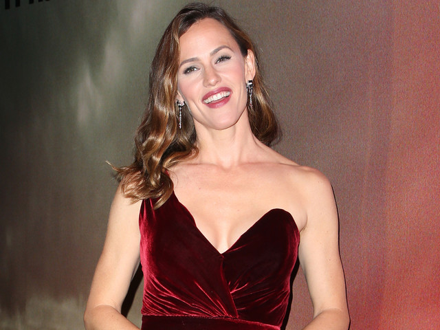 Jennifer Garner Spills On Her Dating Life After Ben Affleck Split
