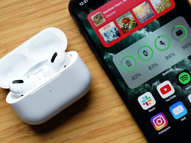 iOS 14's New AirPods Features: Spatial Audio, Better Automatic Device Switching, Battery Notifications and More