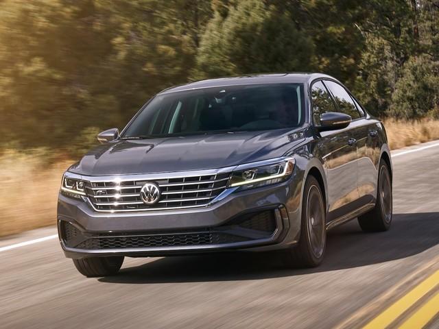 2020 Volkswagen Passat First Look: New Skin, Old Bones