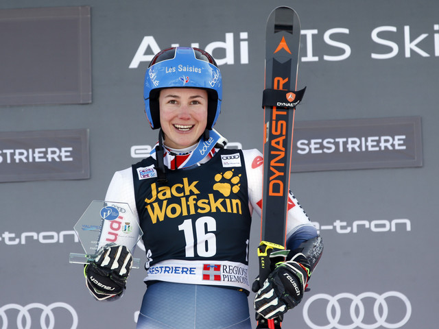 Direz wins controversial parallel giant slalom at FIS Alpine Ski World Cup