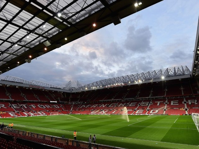 Manchester United vs West Ham United live goal and score updates as Romelu Lukaku makes debut after £75m move