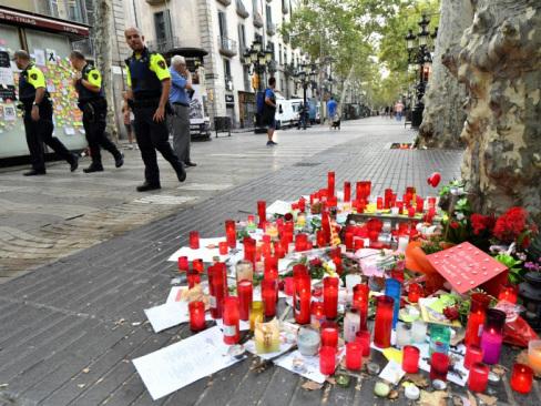 Spain hunts suspect over Barcelona carnage