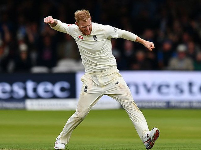 Stokes has 'let a lot of people down' - Warner