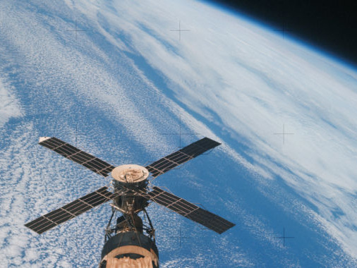 In a great year for space music, Quindar's Hip Mobility most puts us in orbit