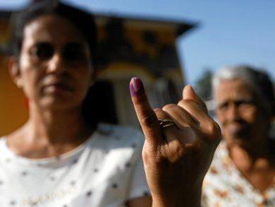 Sri Lanka ex-leader demands snap polls after victory
