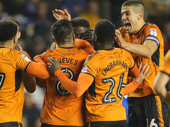 Championship pundit gives his verdict on Wolves v Leeds, tips 7/1 bookie-basher