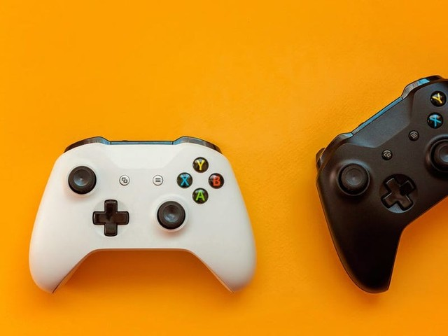 How to connect your Xbox One controller to a PC in 3 different ways