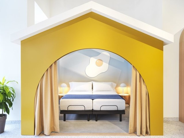 Relaxing Sleep Brand Boutiques - A New Casper Yorkdale Shopping Center Store Boasts Cozy Accents (TrendHunter.com)