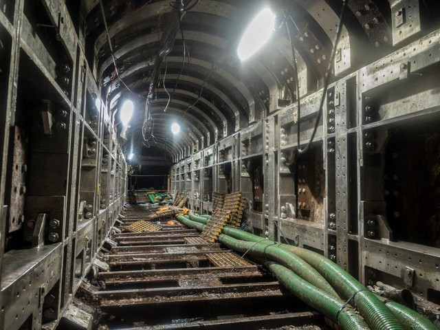 Repairs for a Victorian sewer running above a London Underground line