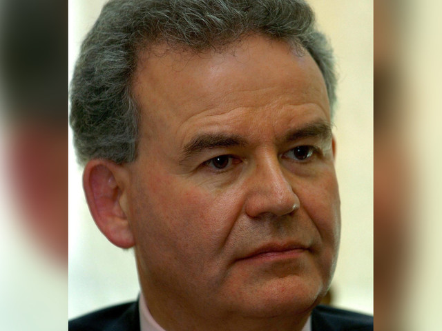 Julian Lewis, senior MP, SACKED from Tory party for colluding with Labour and SNP to land a top job