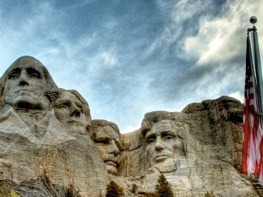 Experts worry Trump's Mount Rushmore Independence Day celebration is a coronavirus super-spreader event in the making