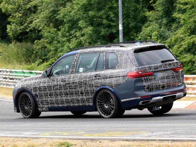 Alpina version of BMW X7 seen testing for the first time