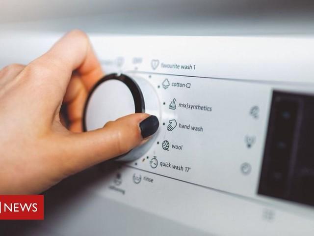Energy regulator Ofgem plans £20 cut to customers' bills
