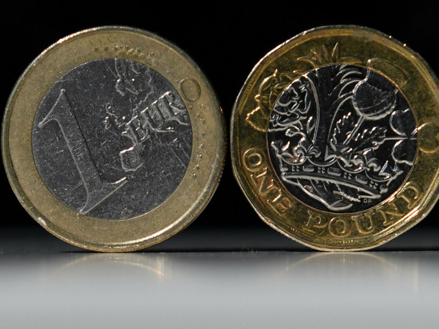 Brits stockpiling euros ahead of Brexit