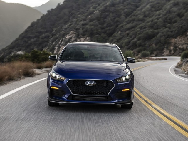 2019 Hyundai Elantra GT N Line Warm Hatch Debuts in Detroit