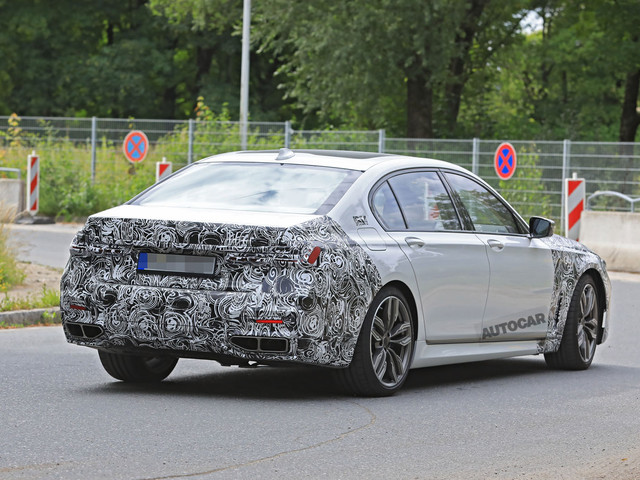 New 2019 BMW 7 Series images showing X7 influence leak