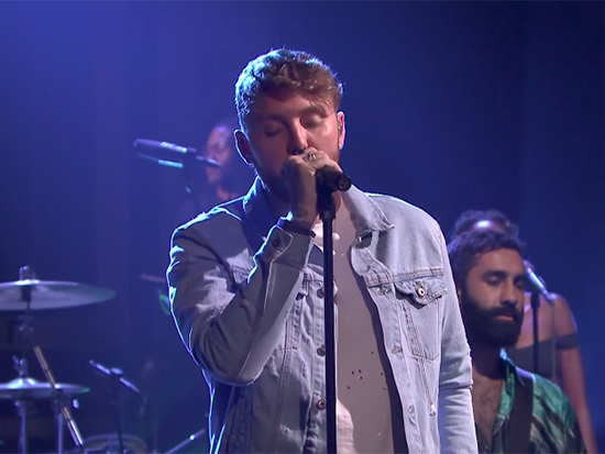 "James Arthur & Rudimental Perform ""Sun Comes Up"" On 'The Tonight Show'"