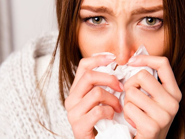 Experts reveal how you can beat the common cold - with one remedy better than anything your GP can prescribe