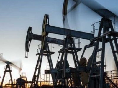 Oil Prices Rise As API Reports Huge Crude Inventory Draw