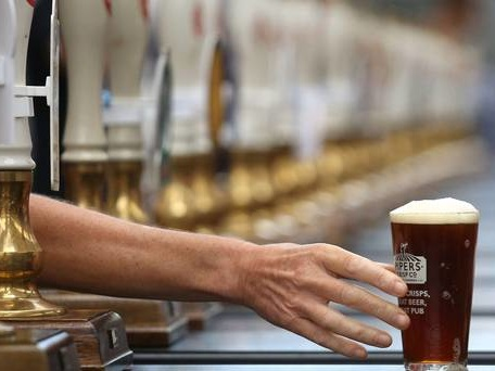 Conservative MPs petition Chancellor to lower tax on beer in Budget