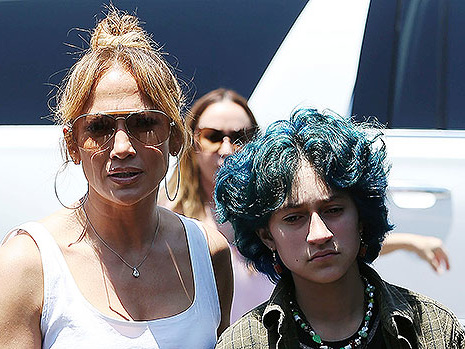 Jennifer Lopez Glows In Selfie With Her 'Coconut' Emme, 13, After House Hunting With Ben Affleck