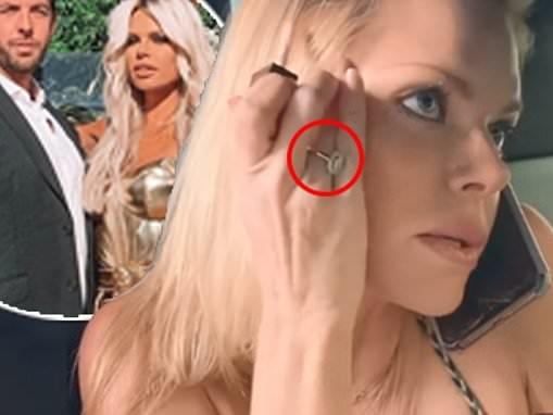 Love Island host Sophie Monk sports a stunning new diamond ring