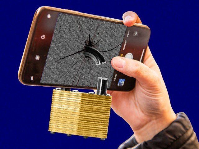 There's no such thing as a phone that 'cannot be hacked' — the rich and powerful use the same phones as anyone else, and they're just as vulnerable