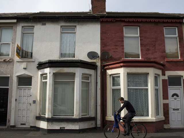 Landlords Confess Most Of Them Won't Rent To Universal Credit Claimants, Survey Finds