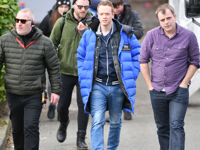 Coronation Street's Simon Gregson returns to set with high security after armed raid on set
